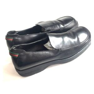 Gucci Vintage Black Loafers Size 9 B